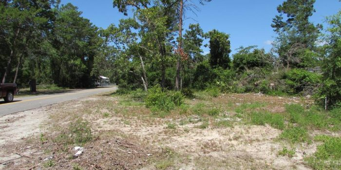 .10 acre lot located in the City of Carrabelle