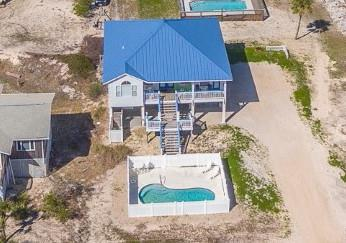 1st tier home with private pool located in the Gulf Beaches