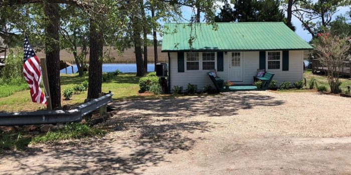 renovated river front cottage located in Carrabelle