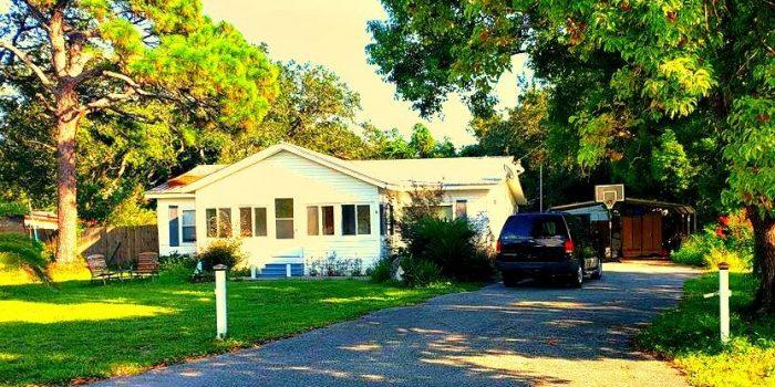 home located in David brown estates