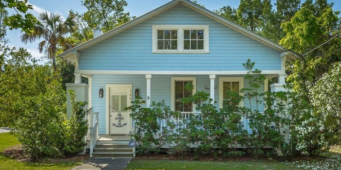 Florida cottage located in Historic South Side of Apalachicola