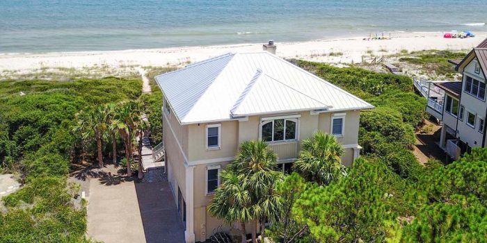 gulf front Home located in Pebble Beach Village in the Plantation