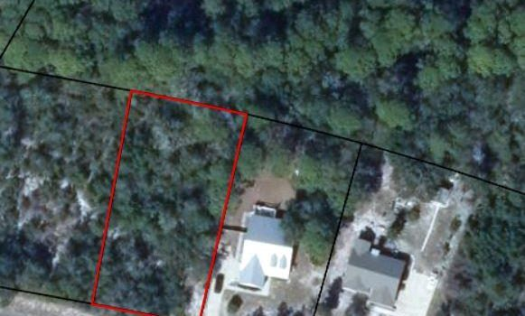 0.4700 Acre lot located in Magnolia Bluff