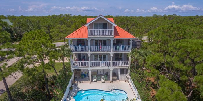 3rd tier gulf view with private pool and beach butler elevator located in Plantation Beach Village in the Plantation