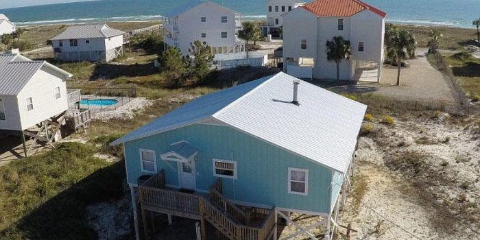 2nd tier home located in the Gulf Beaches