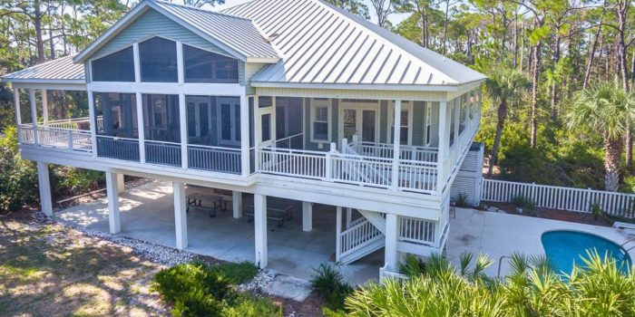 bay side home with private pool located in Oyster Bay Village in the Plantation