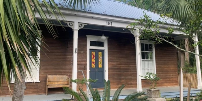 renovated historical Florida cottage located in the North Historic side of Apalachicola