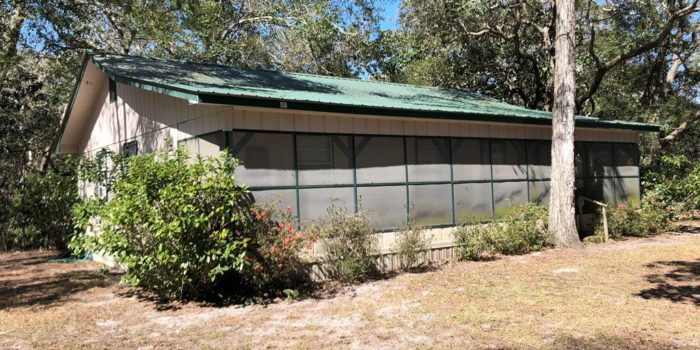 3 bedroom/2 bath home located in Carrabelle