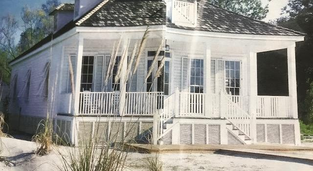 renovated 1875 Florida Cottage located in downtown Apalachicola